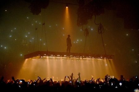 Kanye West Storms Off Stage After Dissing Beyonce, Jay Z, Hillary Clinton & Others
