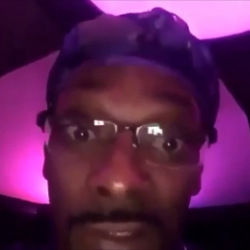"""Snoop Dogg Reaction To Kanye West Ranting """"This N***a Crazy"""""""