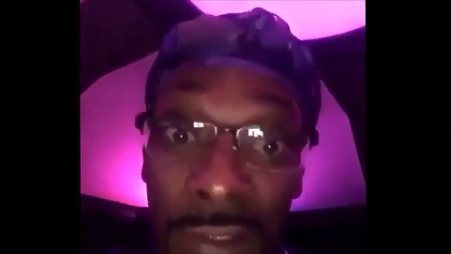 "Snoop Dogg Reaction To Kanye West Ranting ""This N***a Crazy"""